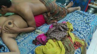 Young Devar Banging her Sexy Bhabhi